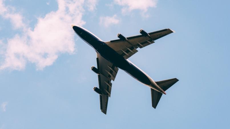 Visuel d'un avion en vol