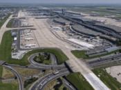 Vue aérienne des Terminaux 2 ABCD à Paris-Charles de Gaulle