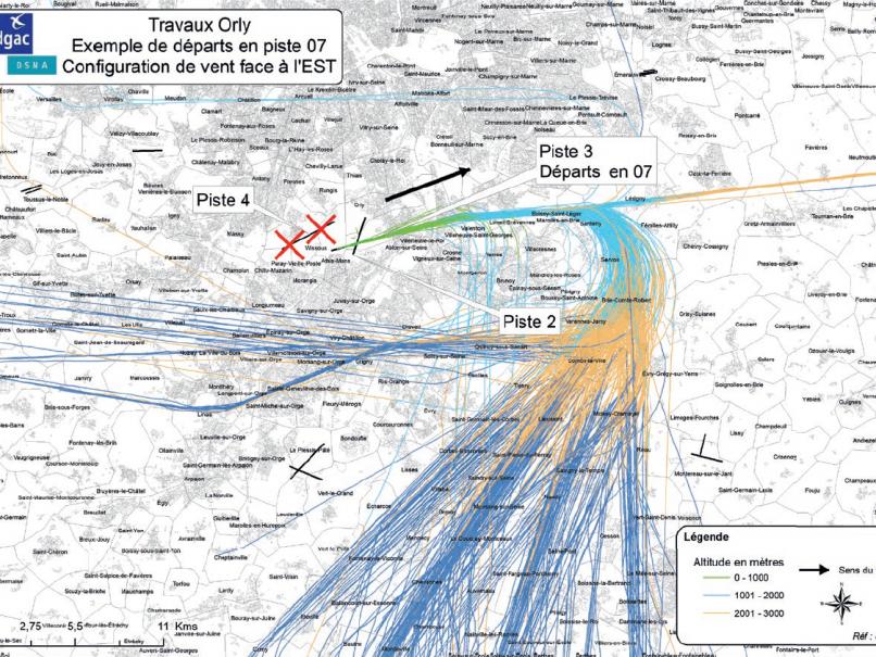 Image 1 : décollages par vent d'Est en piste 3 (07)